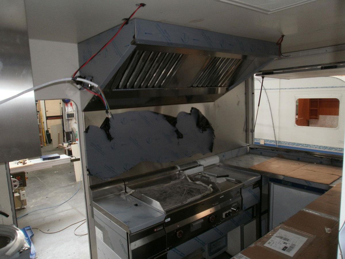 allestimento-veicolo6-street-food-mm-camper-pesaro