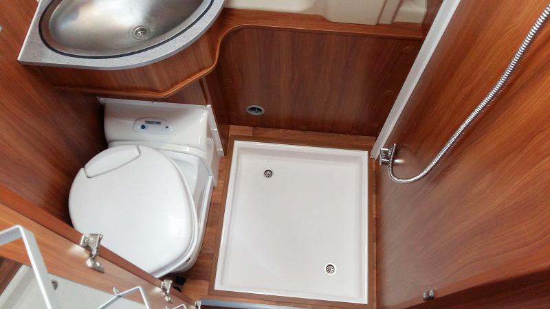 modifica-bagno-doccia-furgonato-6