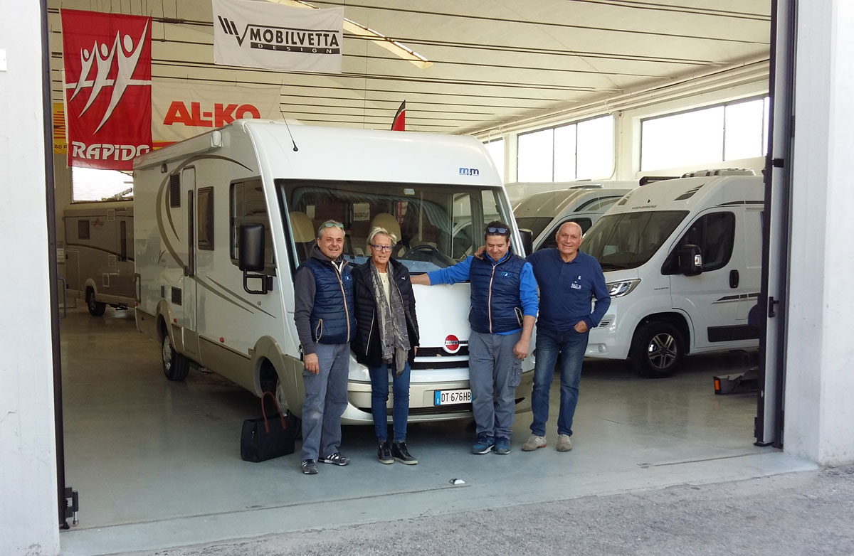 consegna-motorhome-paoloni