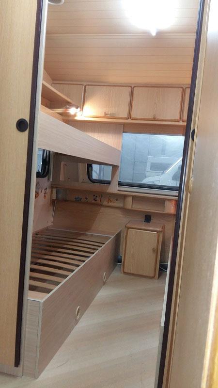 costruzione-letto-castello5-caravan-mm-camper-pesaro
