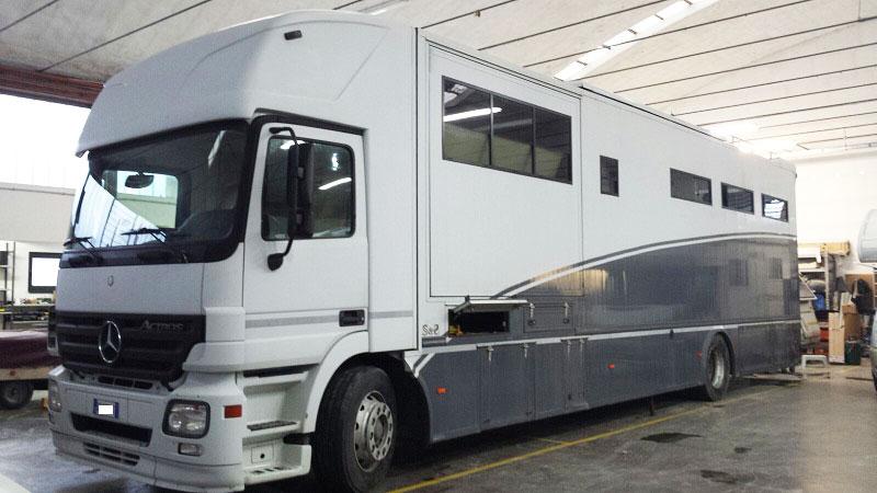 modifica-veicolo-trasporto-cavalli