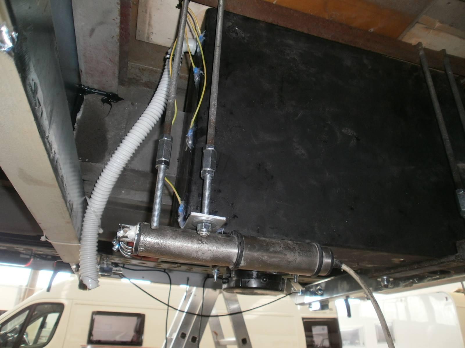 installazione-portamoto-vas18