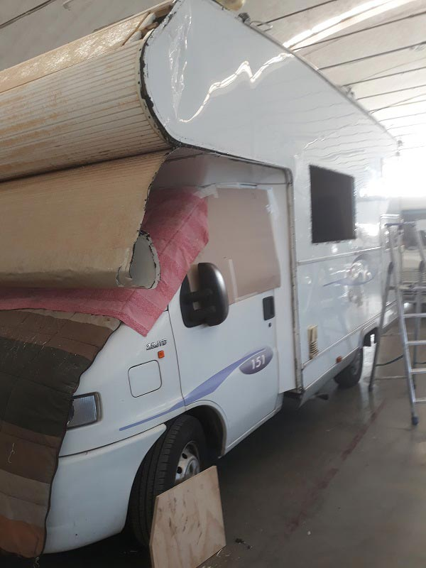 riparazione-mansarda-camper-incidentato1