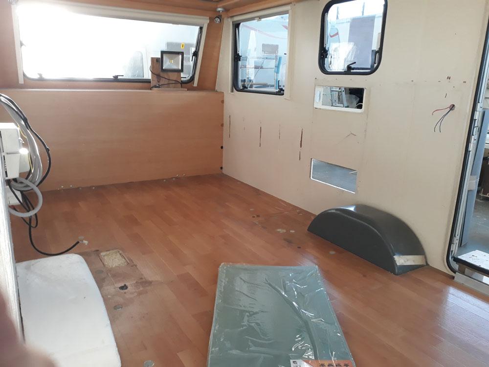 allestimento-ufficio-roulotte-personalizzato-federazione-canottaggio-mm-camper-pesaro-rimini1