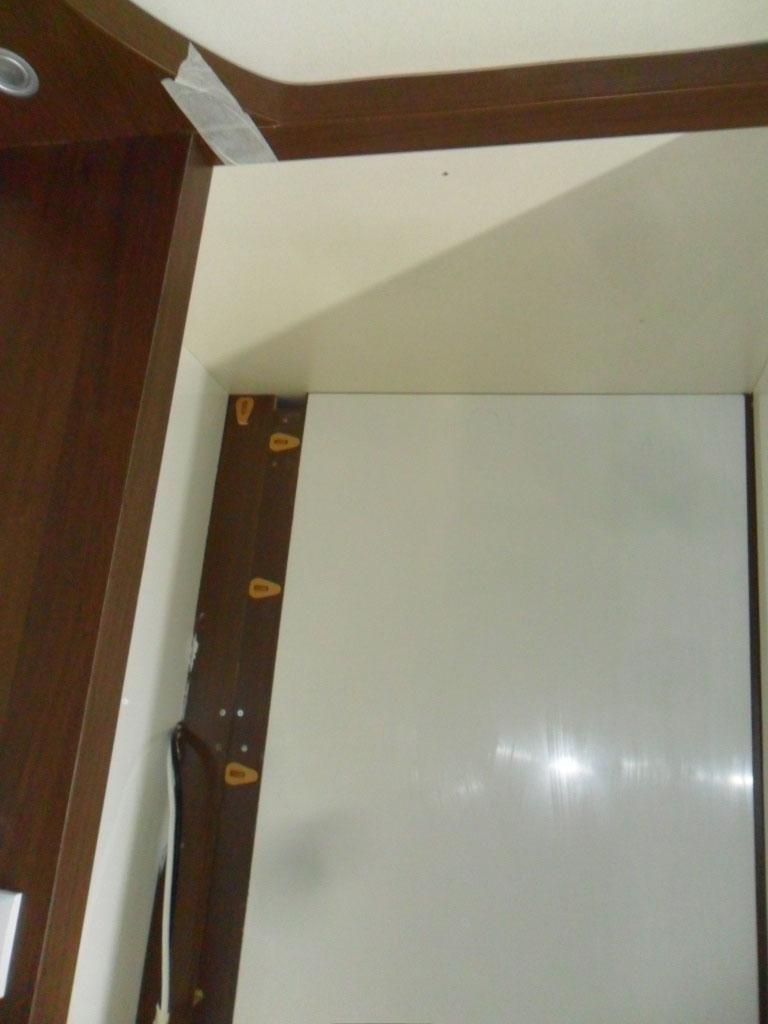 costruzione-box-doccia-nuovo-caravan-mm-camper-pesaro13