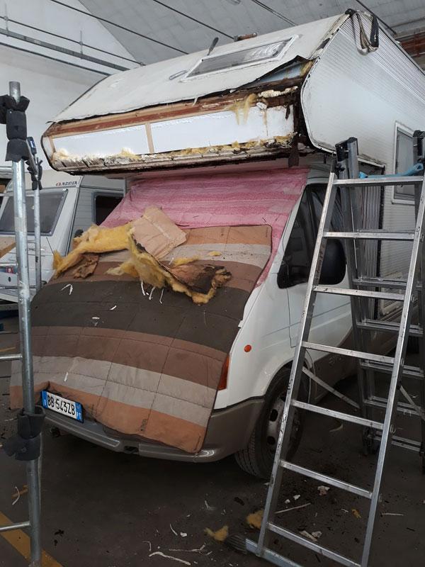 rimor-infiltrazione-riparazione-camper-mm-camper-pesaro5