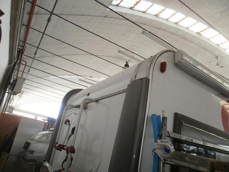 riparazione-tetto-camper-semintegrale-mmcamperpesaro15