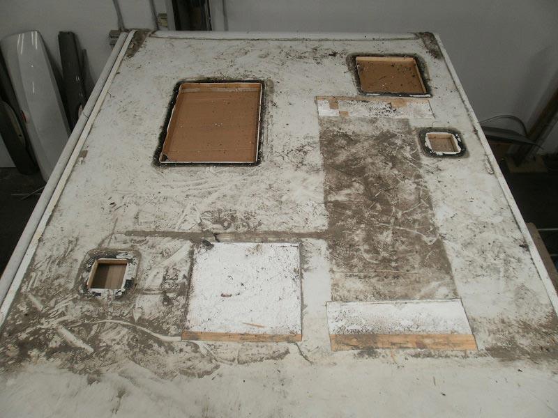 riparazione-tetto-camper-semintegrale-mmcamperpesaro20