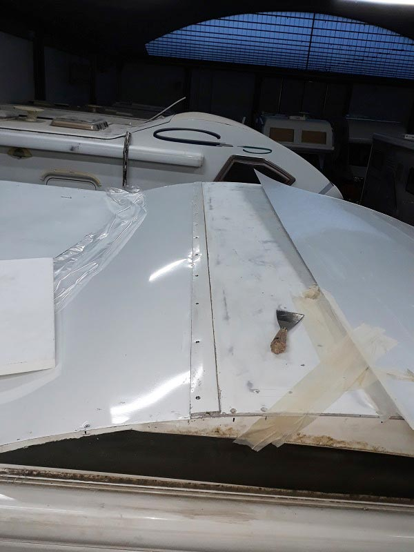 riparazione-tetto-camper-semintegrale-mmcamperpesaro27