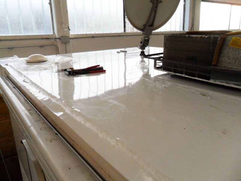 sostituzione-alluminio-tetto-camper-mansardato4