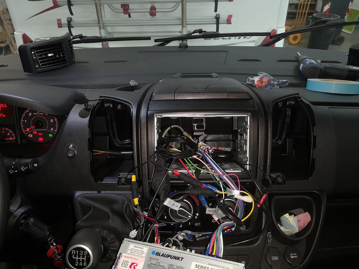installazione-radio-5